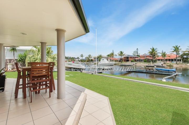 Ballina/Byron Waterfront Holiday Home