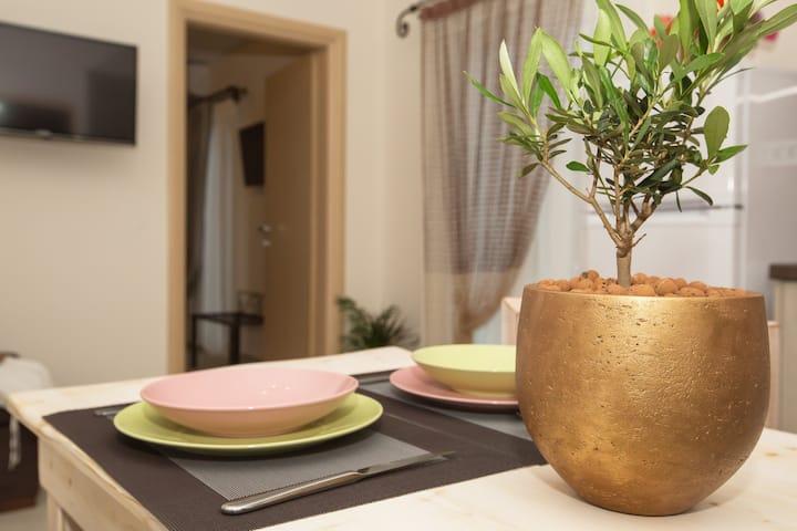 Pithos Apartments (Kiriakaki)