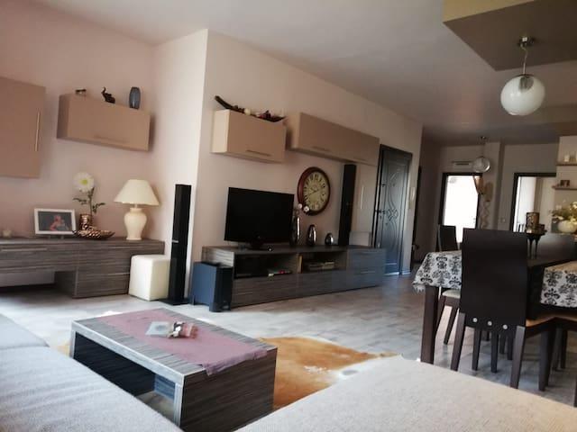 Ап. Мегилукс/ Apartment MEGILUX (ideal center)