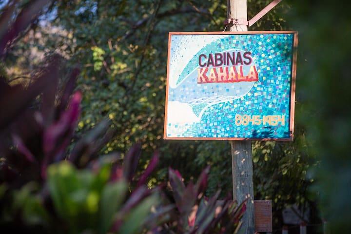 Kahala Cabinas #1