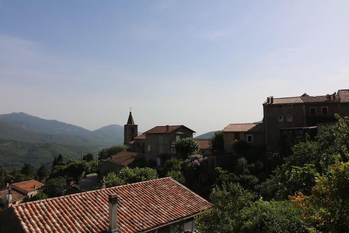 Village VERO près Ajaccio Authenticité Calme Vue - Vero