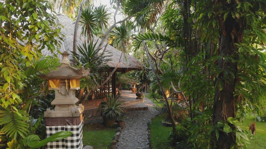 Villa Pandan, Ciliks Beach Garden Bali