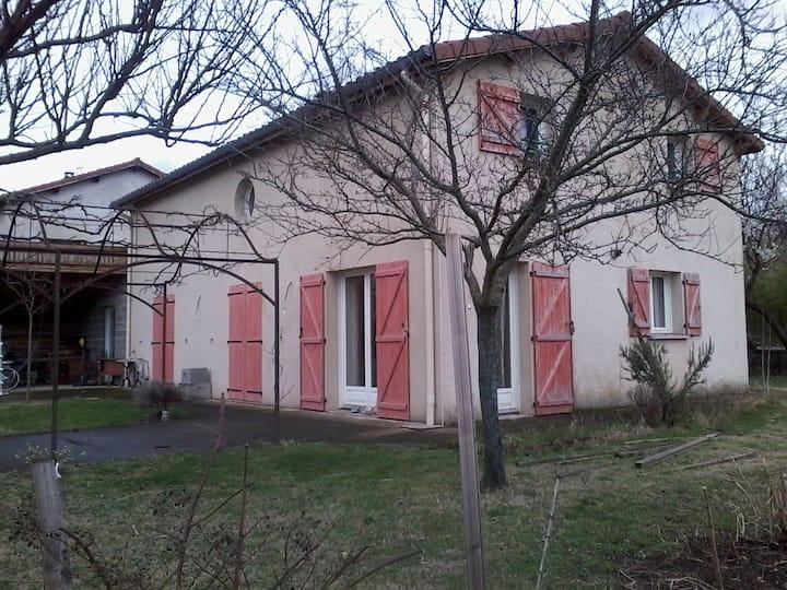 Maison complète entre Lyon  et St Etienne