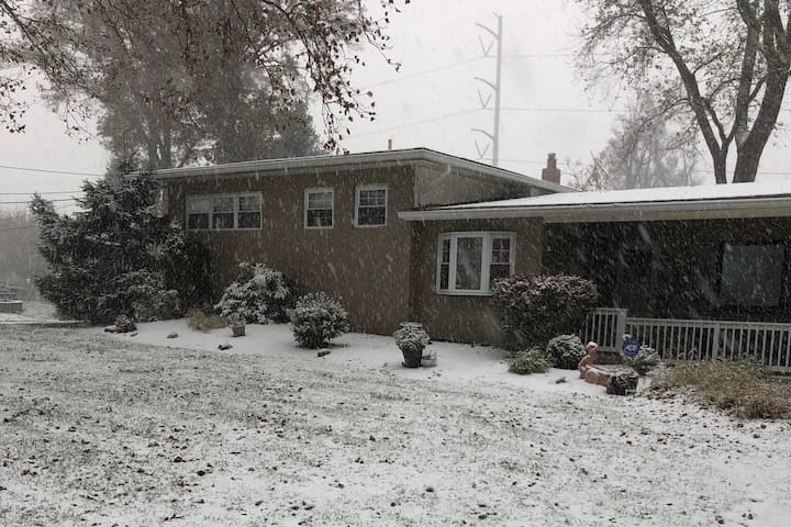 House with Views L/T Stay / Rent - North Brunswick