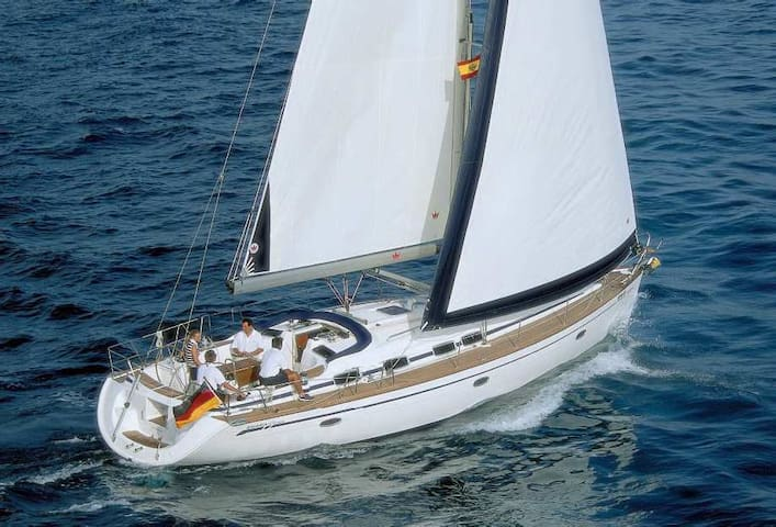Enjoy the adventure of sailing the clearest waters