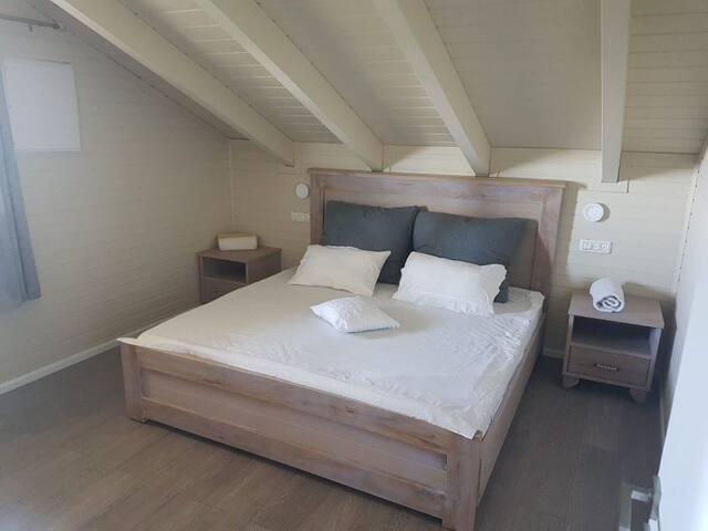 Bustan Bakfar - View cabin