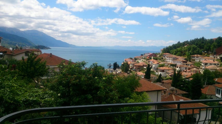 Lake View Apartment Ohrid