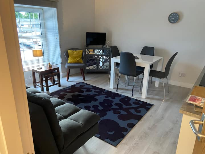 Great apartment close to river ness & city centre