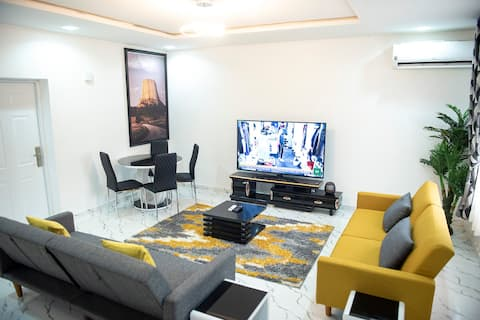 Luxury 3 Bedroom Apart - 24Hrs Elect/WIFI/Security