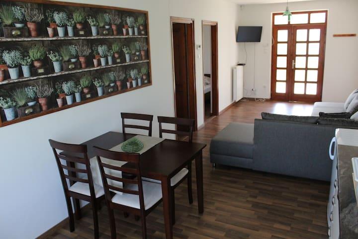 Petita Garden Apartman 2 room