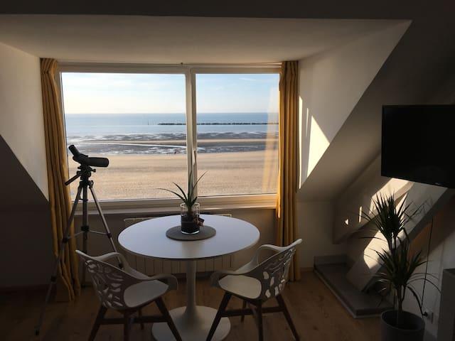 Charmant Studio Vue sur Mer Unique !