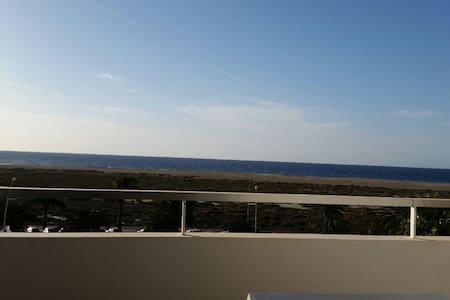 Fantástico estudio 4ª planta (465) vistas playa - Solana Matorral