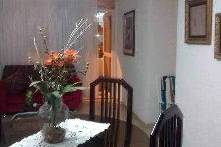 Apartamento en Conjunto Residencial - Lakás
