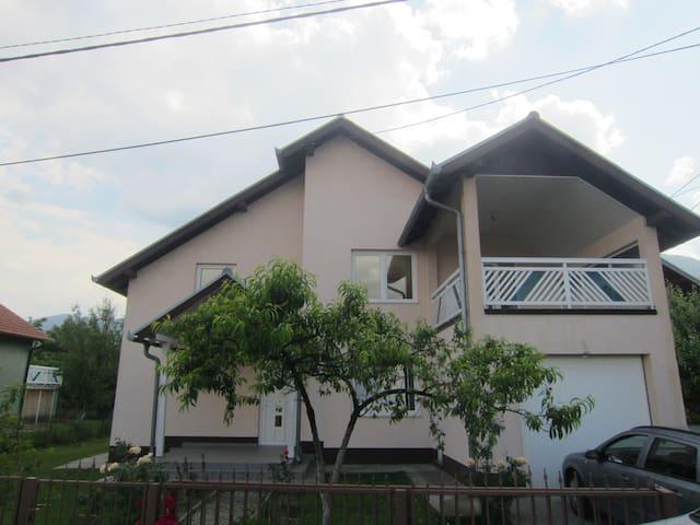 House with 6 bedrooms - Ilidza, Sarajevo - Ilidža