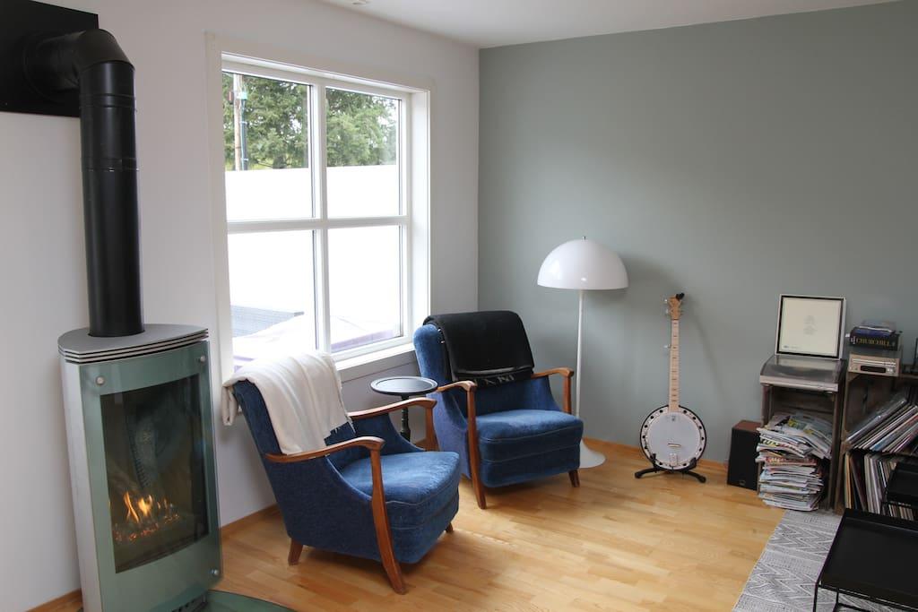 Main livingroom, main floor/ stue