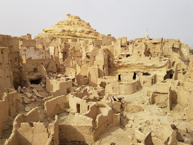 Stay in the old houses of siwa. A hostle from past