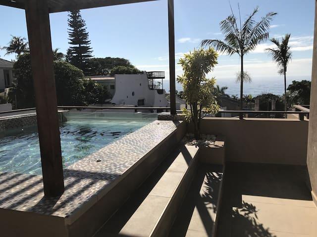 Modern Penthouse with sea views - Dolphin Coast - Apartament
