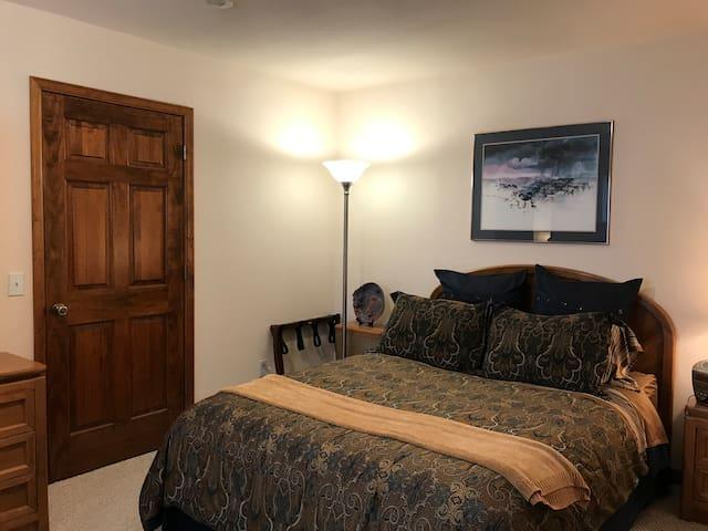 Pikes Peak bedroom #1