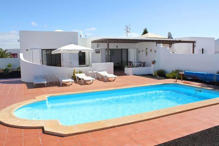 Villa Cari-Etxea - Playa Blanca - Villa