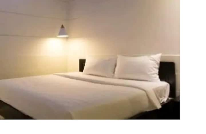 DOUBLE ROOM (2 adults, 1 child)-24/24