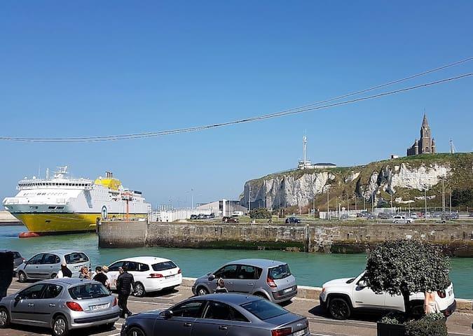 "Entre plage et port, ""mi casa es tu casa"""