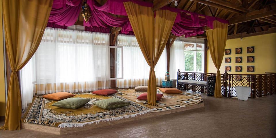 Al Nafoura Executive Villa - cisarua - Vila