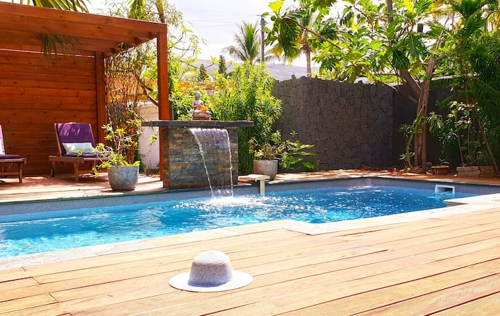 VILLA Kadal, swimming pool, jaccuzi, close to the sea