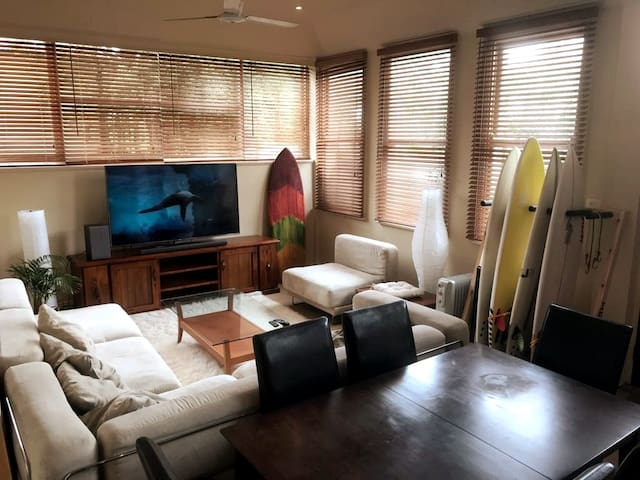 Bronte private retreat few minutes from the beach