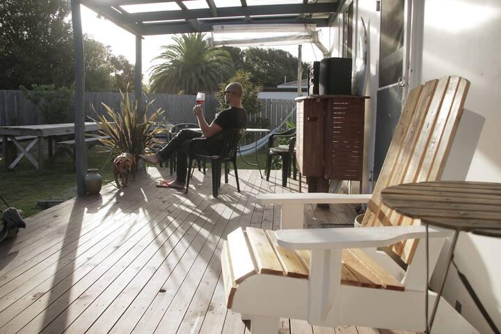 COSY BICHENO BEACH COTTAGE - Still the best Airbnb