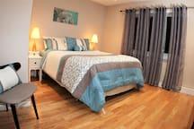 Bed Room 1 (Main Floor)