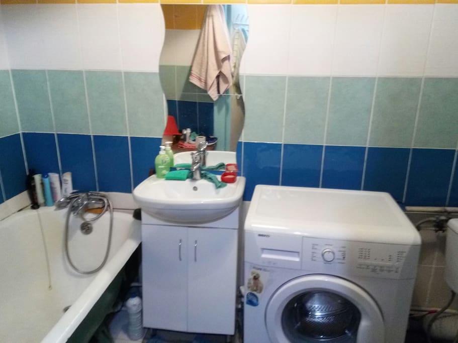 санузел, стиральная машина