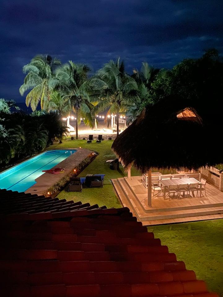 Espectacular casa frente al mar en Buenaventura!