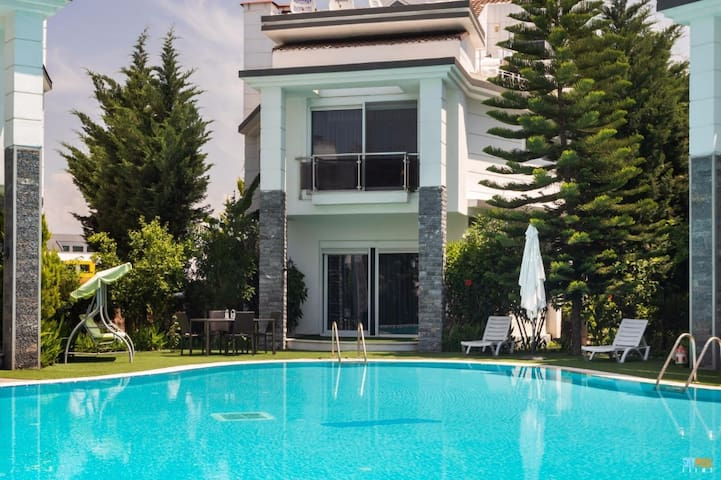 Luxury Rental Villa