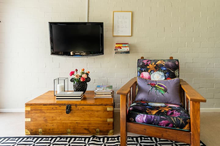 Lovely place to enjoy one of our numerous travel books of South Africa.  Flat screen TV to catch up on the international news of watch a movie.