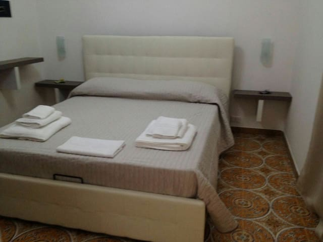 SABIR B&B doppia con bagno privato Galatea - Torre Lapillo - ที่พักพร้อมอาหารเช้า