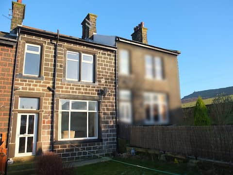 Terrace Cottage near Skipton and Yorkshire Dales