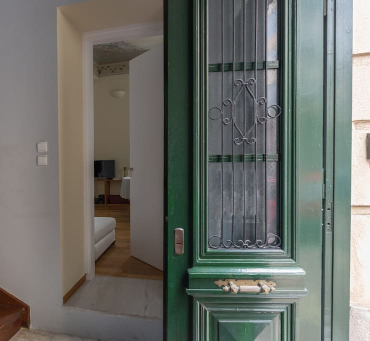 Separate entrance with door lock and energy card