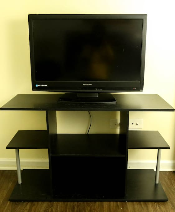 "Both rooms have a 27"" tv with cable and wifi available."
