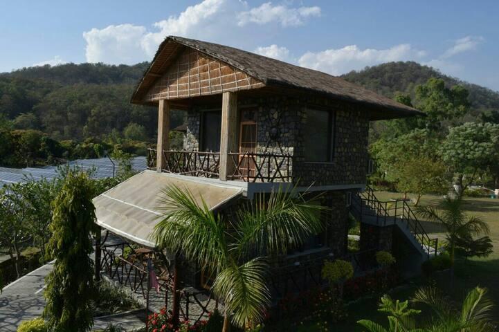 Kabeela Resort by Petals Hotel at Jim Corbett Park - Ramnagar