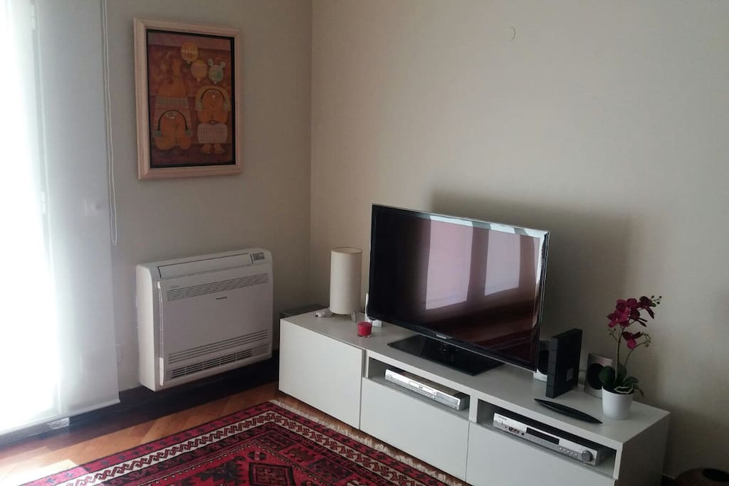Sea Escape Live Over The Sea Apartments For Rent In Parede Lisboa Portugal