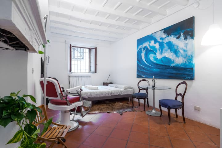 Perfect Studio on the Navigli