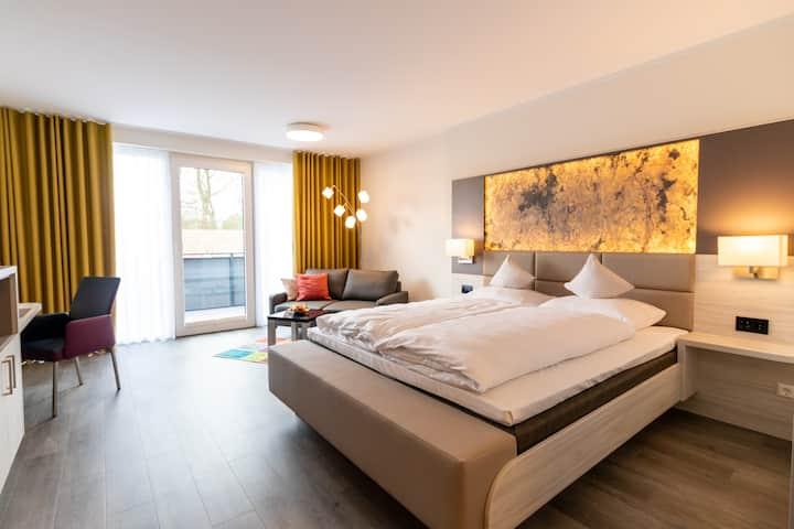 Premium Zimmer Ibbenbüren mit Balkon und Klima