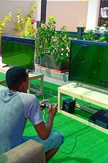 Guests enjoying FIFA 19!
