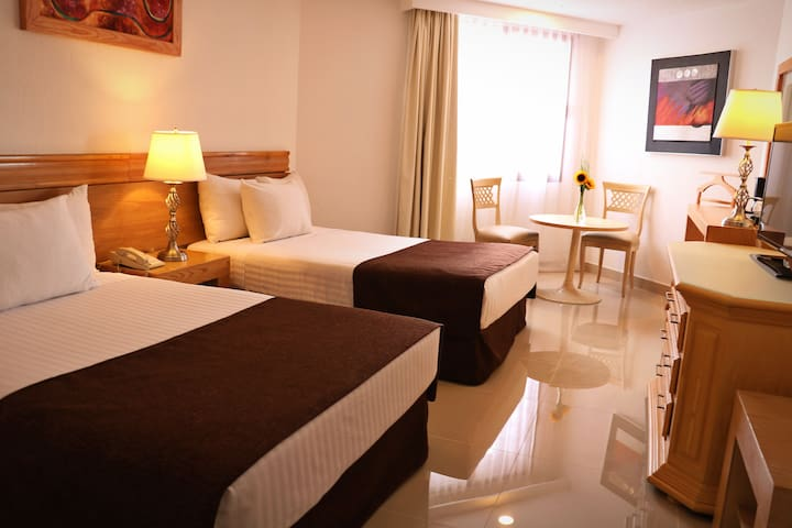 Hotel a una cuadra del consulado Americano en la zona más exclusiva de GUADALAJARA