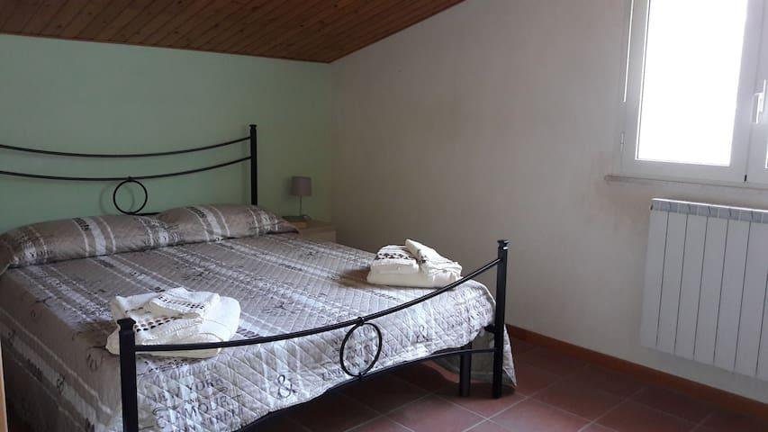 Fanusa. Appartamento in villa - Fanusa - Apartment