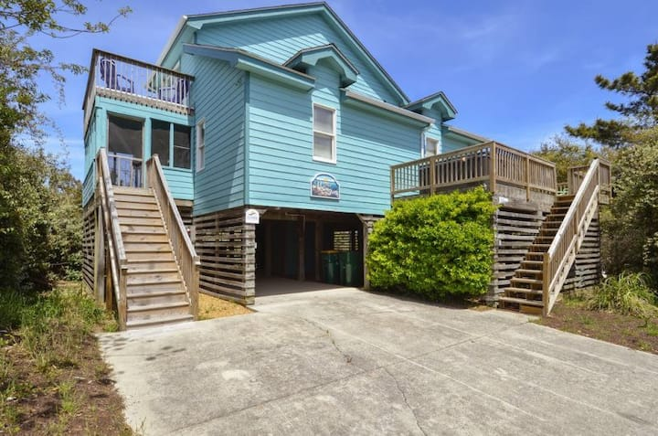 1602 Here To Stay * 9 Min Walk to Beach * Hot Tub * Open Floor Plan