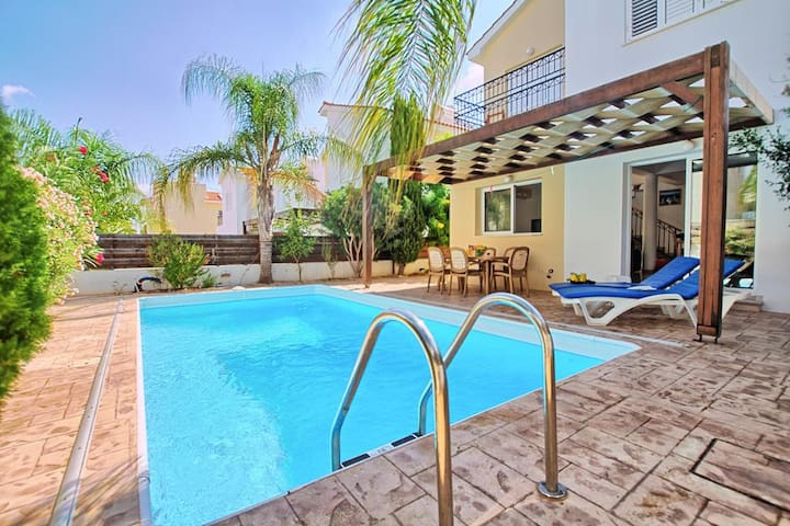 Island Villas Cyprus - 011