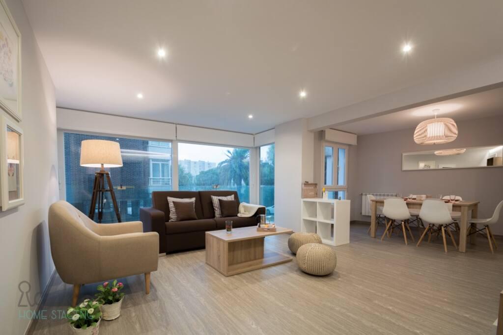 Piso santander en la playa del sardinero apartamentos en for Compartir piso santander