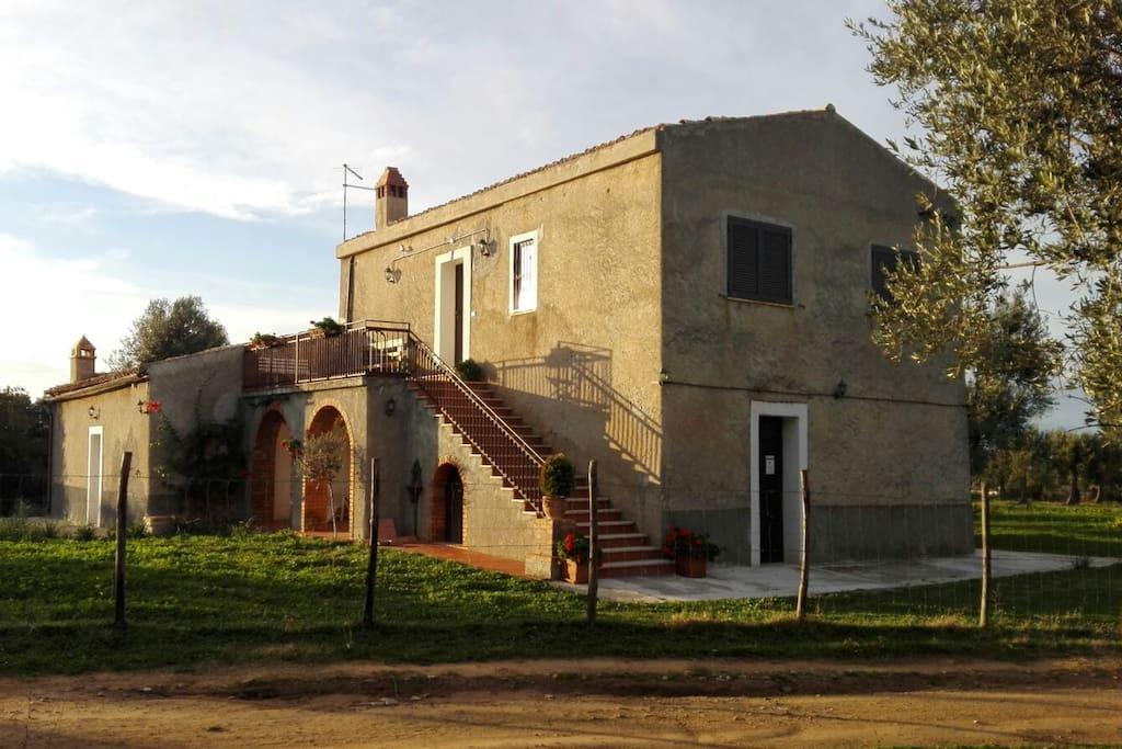 Il Casale di Donna Felicia - Lato