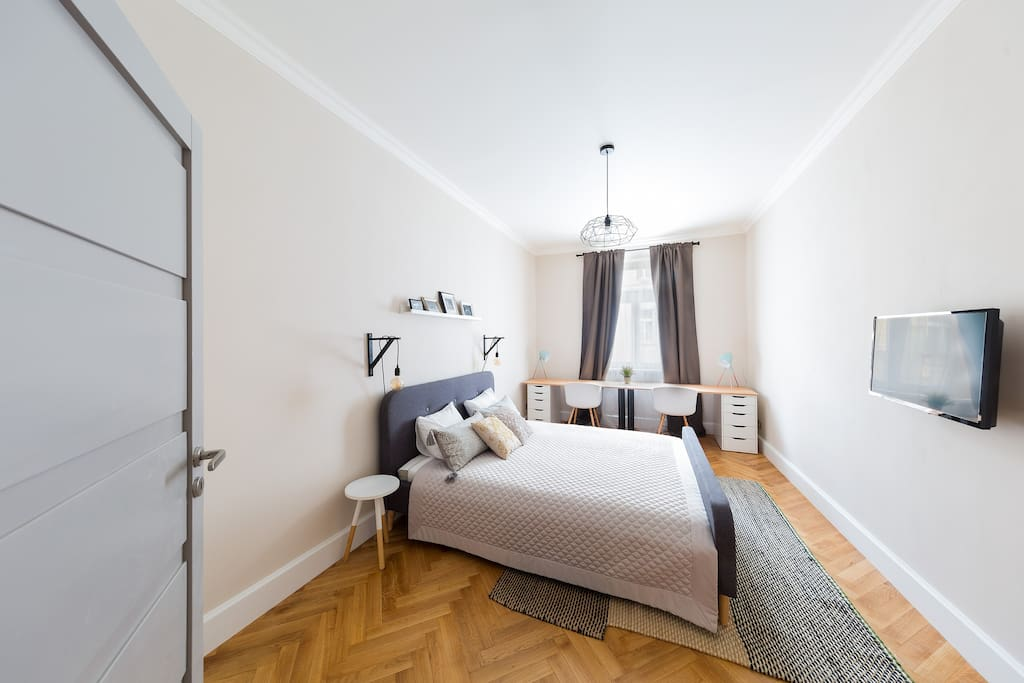 The second bedroom also has a queen size bed, with a comfortable mattress to assure you have a good night sleep before exploring Prague's magic.